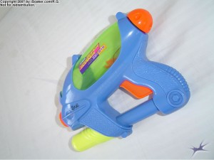 supersoaker_xp215_03