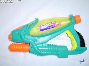 iS_supersoaker_xp220_02